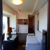 高級家具とウツボ公園